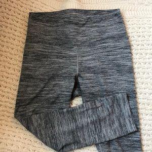 lululemon heathered gray wunder unders